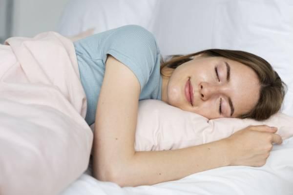خوابیدن به پهلو