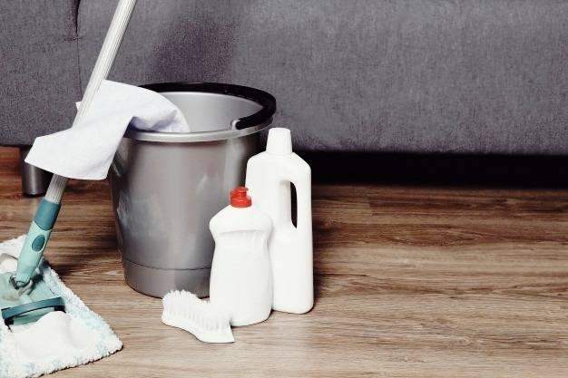 نظافت کف آشپزخانه