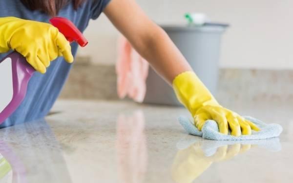 تمیز کردن سطوح مرمر