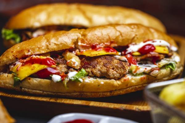 ساندویچ گوشت