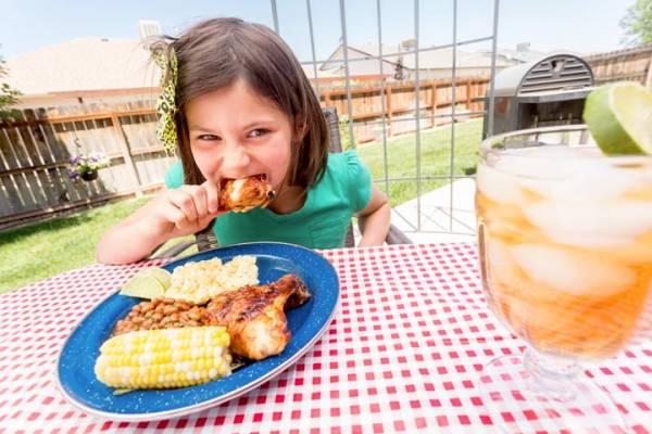 علائم پرخوری در کودکان