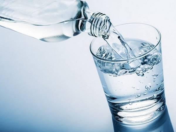 کاهش مصرف مایعات