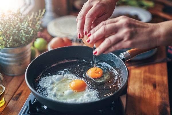 پخت تخم مرغ
