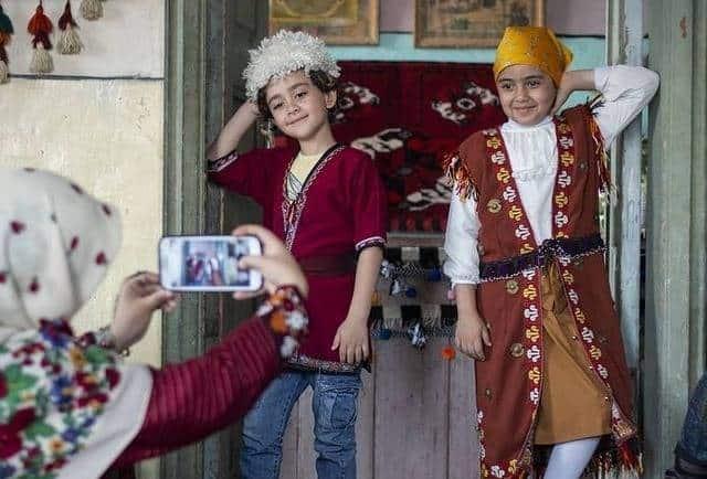 محنا سیدی و حسین شهبازی