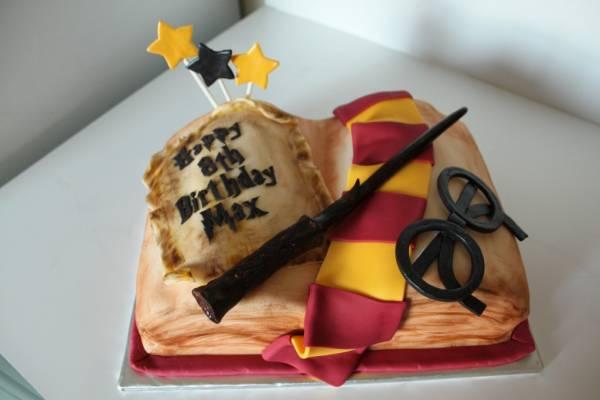 کیک تولد با تم هری پاتر