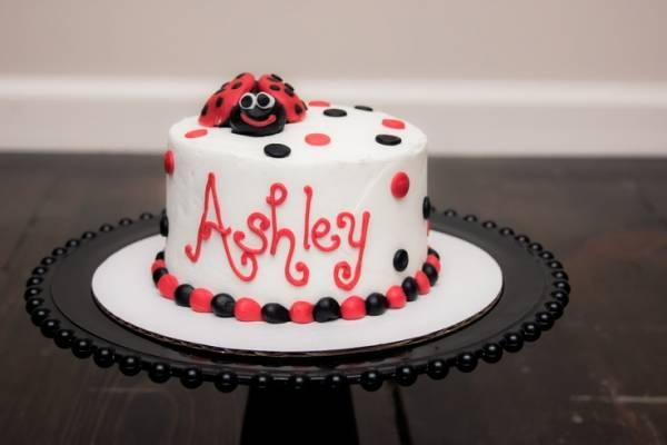 کیک تولد کفشدوزکی