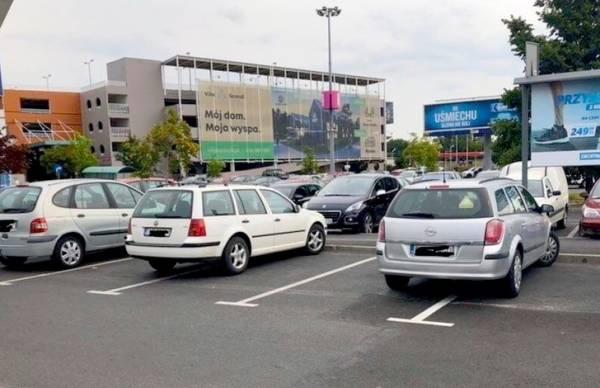 تصاویر جالب از پارک کردن وسایل نقلیه
