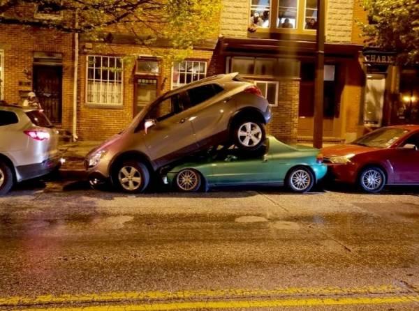 پارک کردن خنده دار اتومبیل