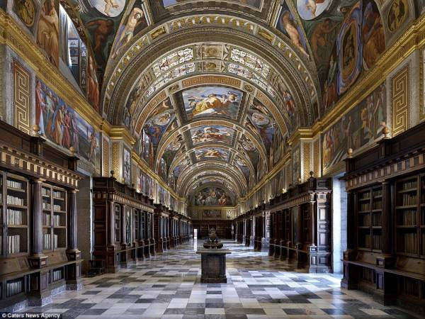 کتابخانه ال اسکوریال