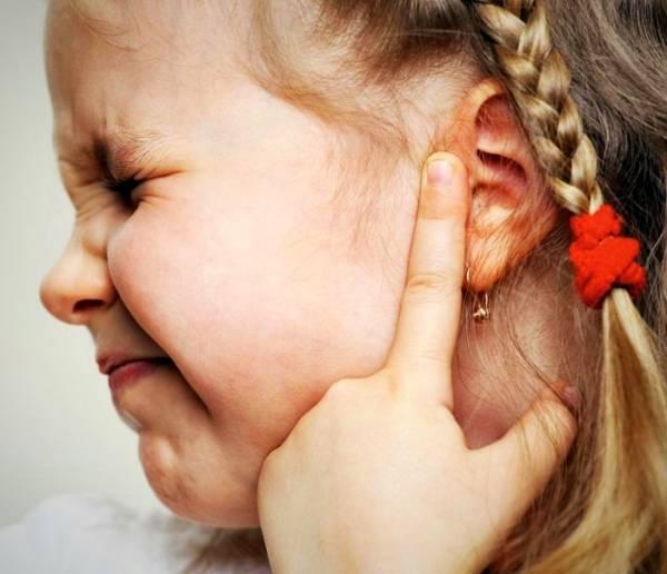 مراقبت بعد از سوراخ کردن گوش