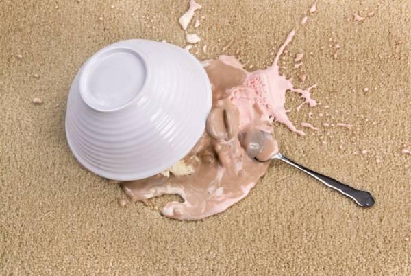 پاک کردن لکه کاکائو از فرش