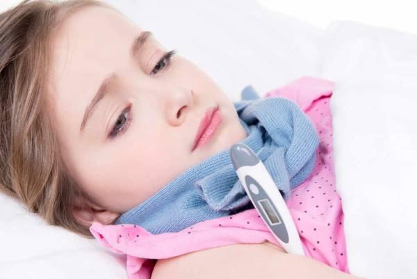 کنترل تب مخملک کودک