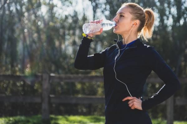 کمبود آب بدن با ورزش