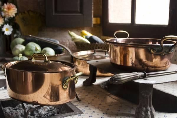 پخت غذا در ظروف مسی