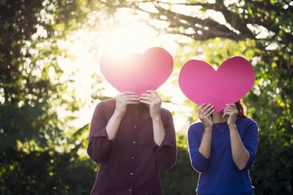 علائم عشق واقعی در زنان