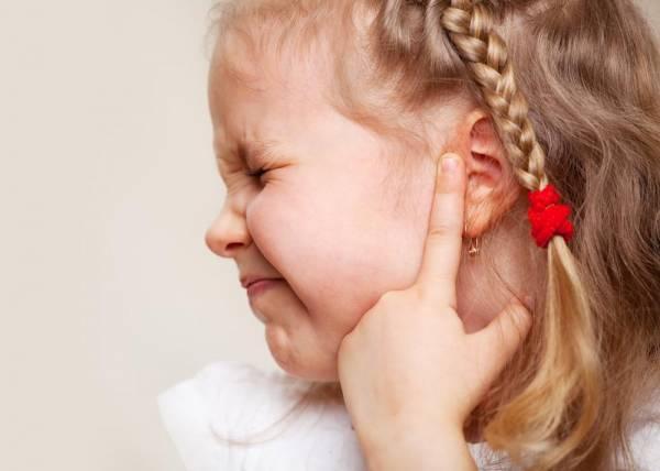 علل و علائم عفونت گوش در کودکان