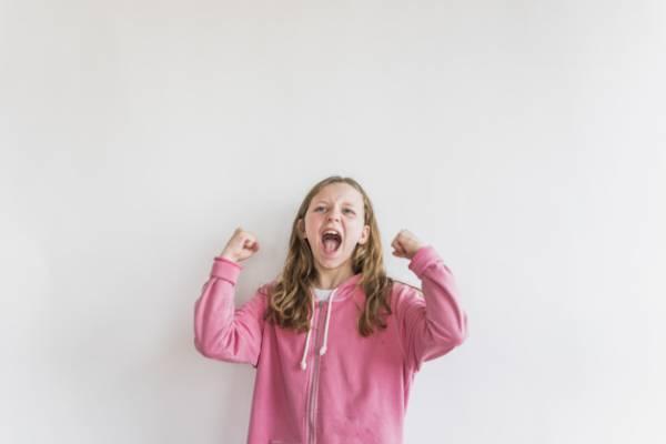 خشن شدن صدای کودک