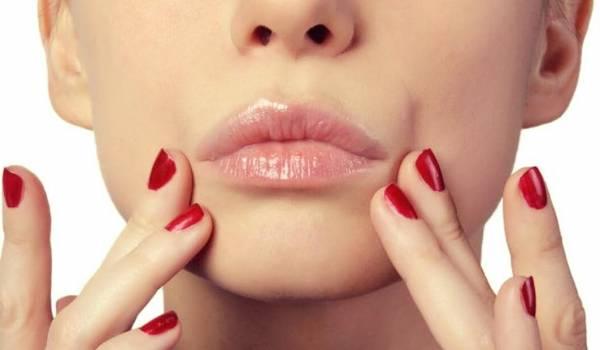 درمان ترک لب ها