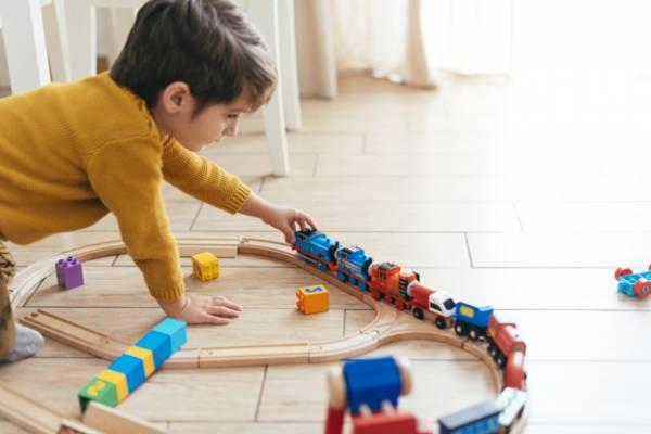 اسباب بازی برای کودکان 3 ساله