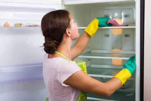 یخچال تمیز و مرتب