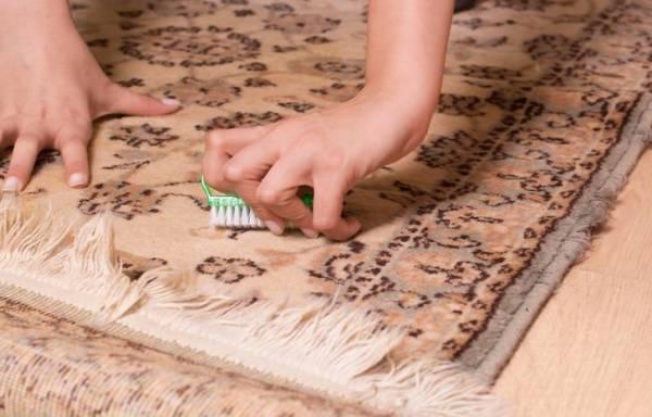 تمیز کردن فرش دستباف