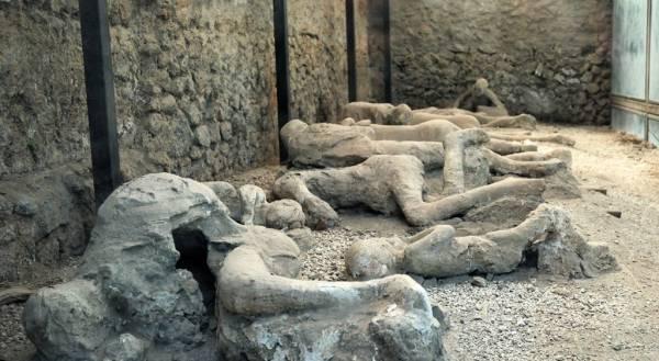 شهر مدفون پمپی (مستند)