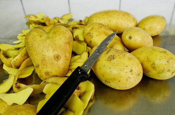 پوست سیب زمینی