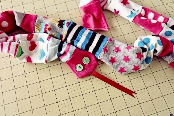 درست کردن عروسک جورابی