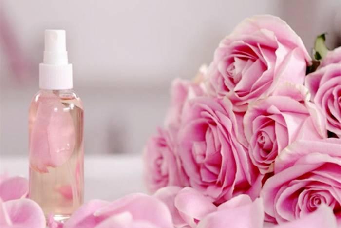 گلاب آرایش پاک کن