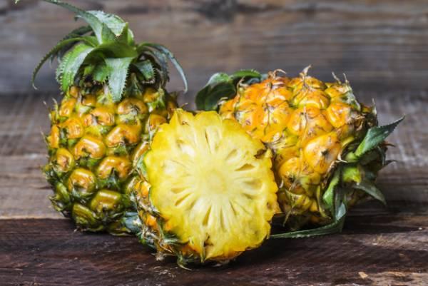 خوردن آناناس