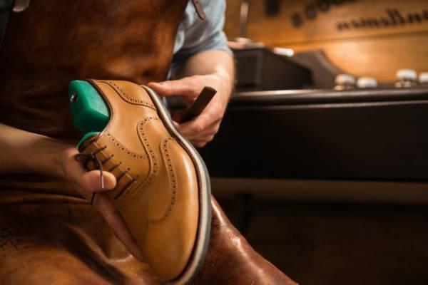 اصول نگهداری و رفع مشکلات مربوط به کفش