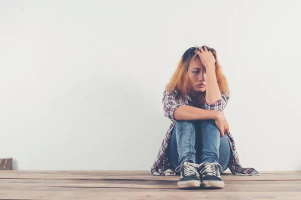 دلایل گوشه گیری و افسردگی