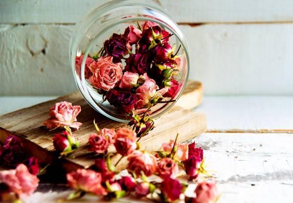 گل طبیعی خشک