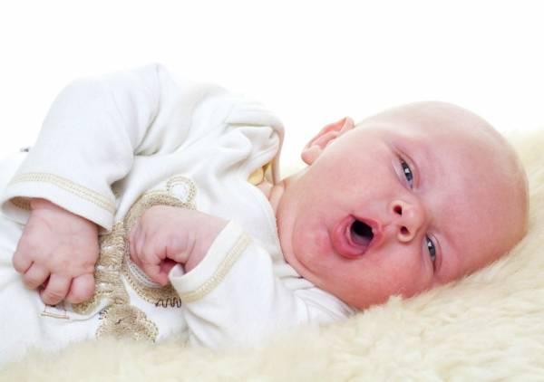 سرفه و تب کودک