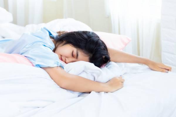 خواب نوجوان