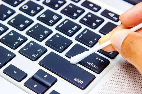 تمیز کردن صفحه کلید