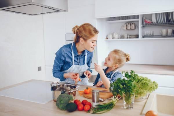 میوه و سبزیجات برای کودک
