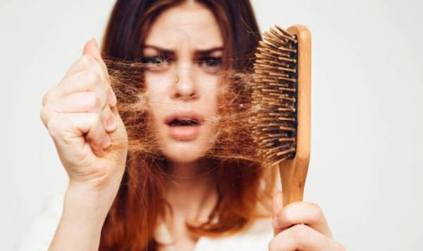 برس مو کثیف