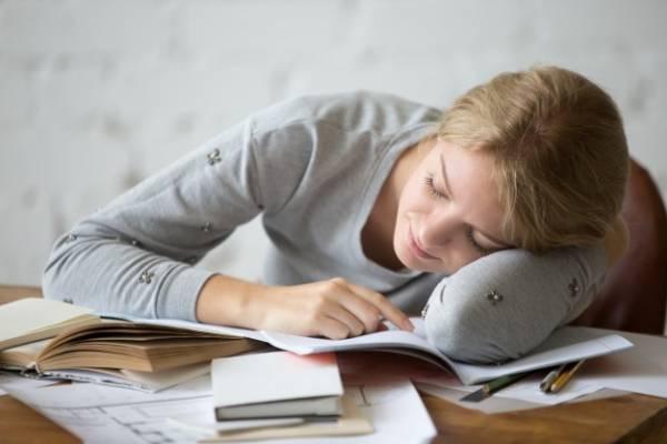 خستگی هنگام مطالعه