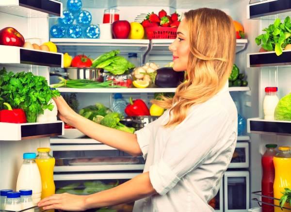 مواد غذایی در یخچال
