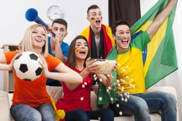 تماشای فوتبال