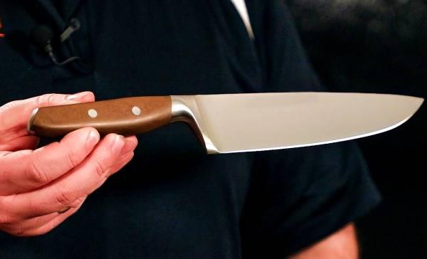 زبانه چاقو