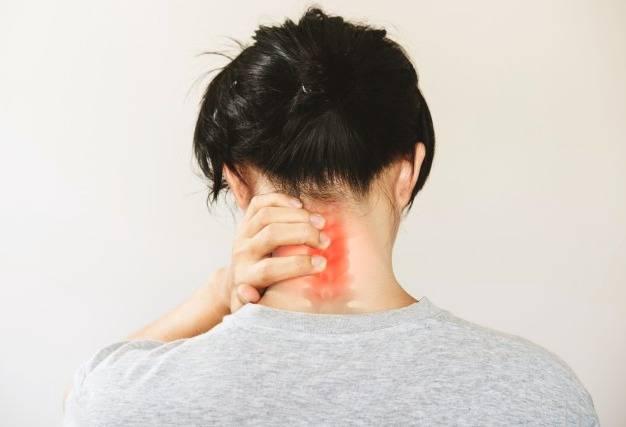 انتقال درد از گردن به سر